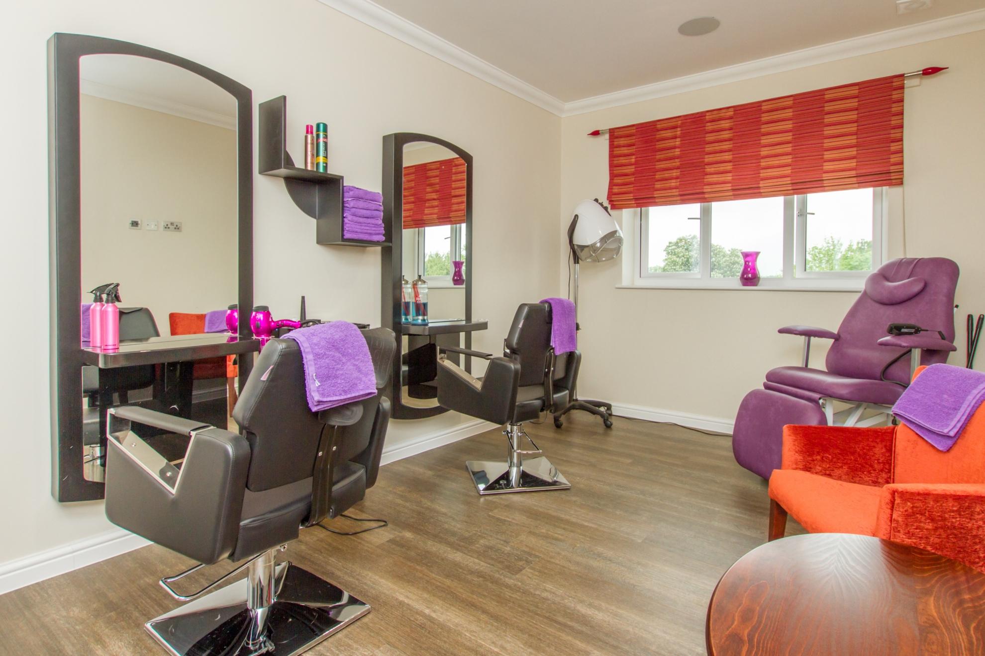 Shinfield Salon